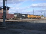 NS 9112  9Oct2008  EB sliding past the yard office