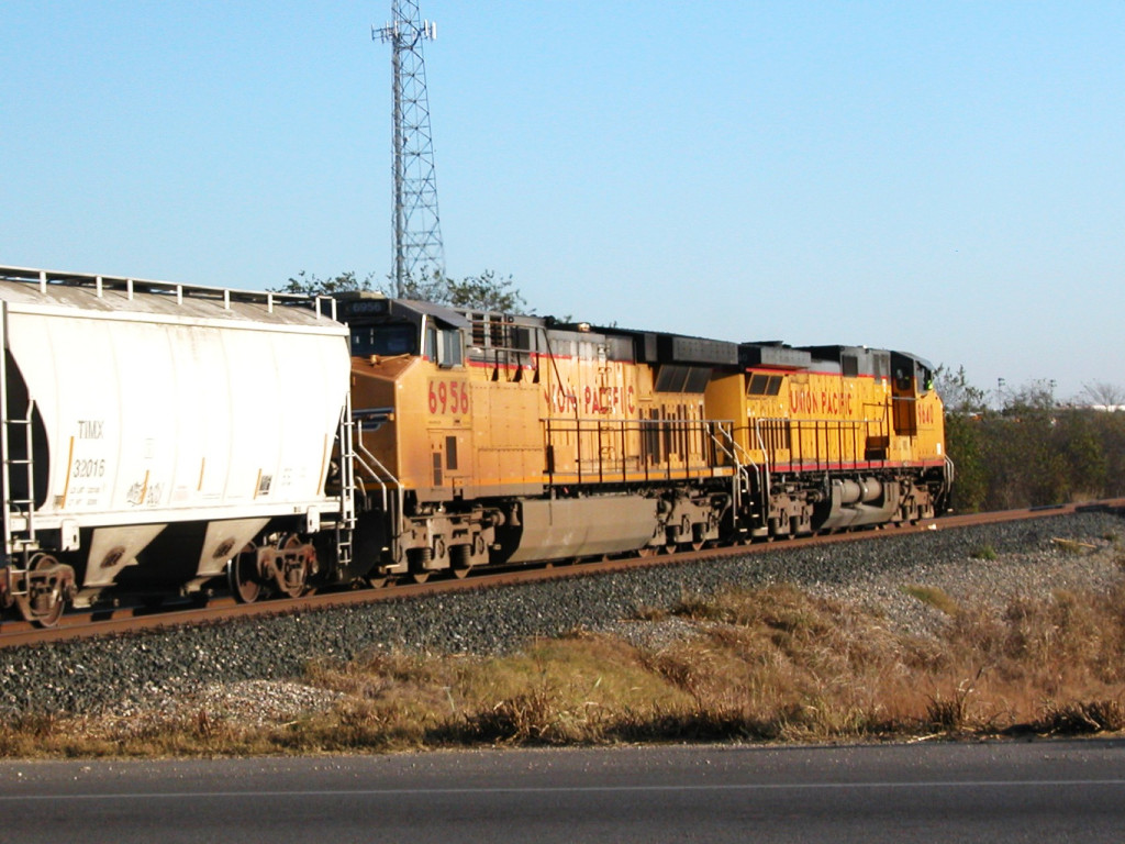 UP 9640  13Dec2012  NB with cement crossing McCarty Lane