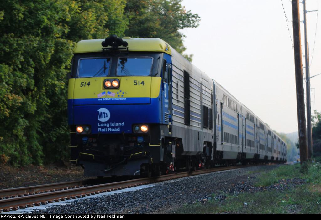 DM30AC_514_509_8_Cars_Train_615_St_James