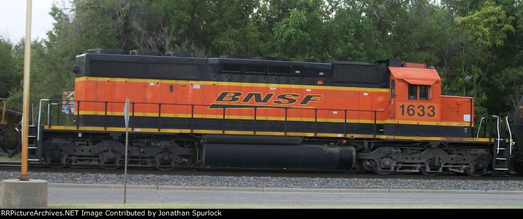 BNSF 1633 SD40-2